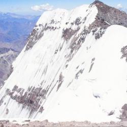 La Face Sud de l' Aconcagua, 6930m, Argentine