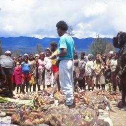 Au marché local, province de l' Irian Jaya, Papouasie