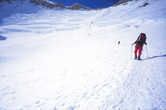 Montée vers le col à 4900m, Mont Mac Kinley, Alaska